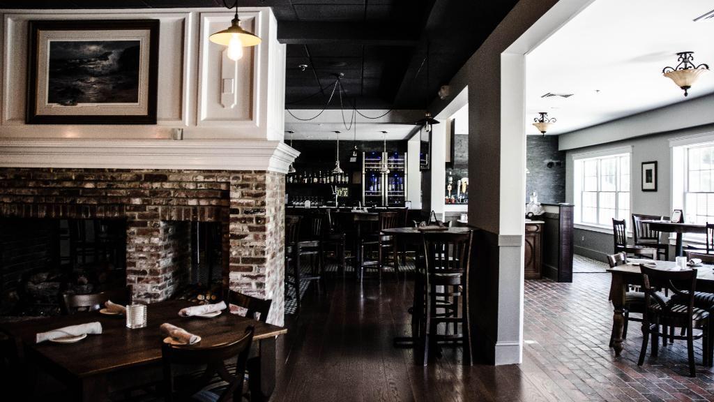 The Daniel Hotel & Coast Bar + Bistro Renovation, Brunswick, ME